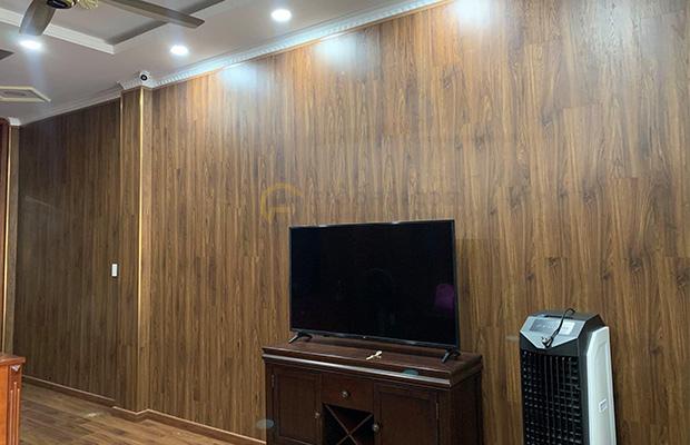 Mẫu sàn gỗ Lamton D2300 Dark Walnut - 12mm - AC3