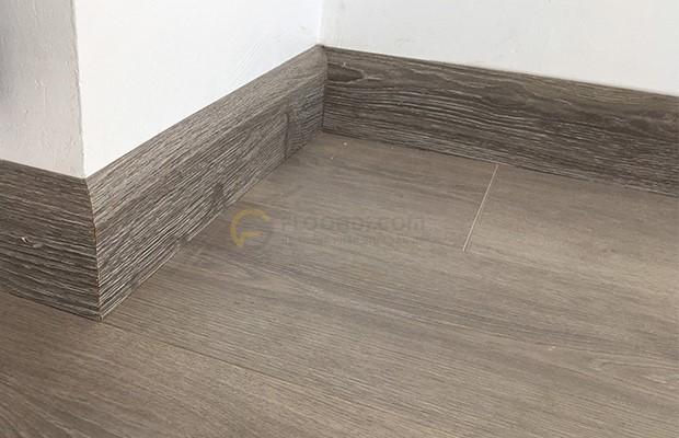 Len chân tường là phụ kiện sàn gỗ cần thiết
