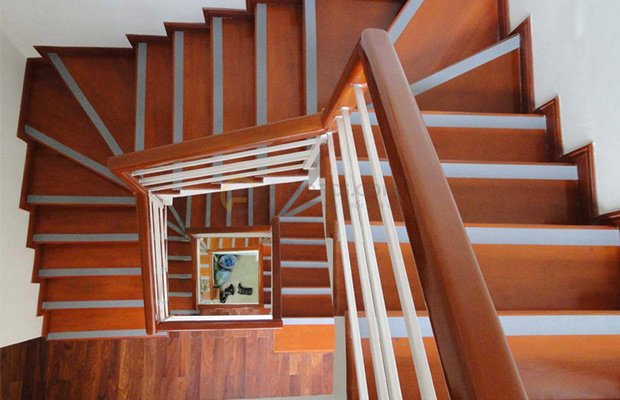 Nẹp CT cầu thang
