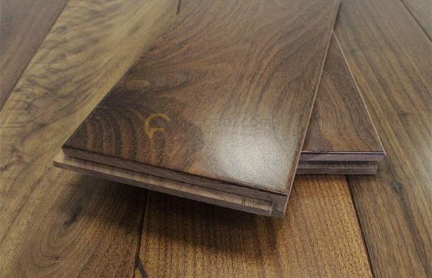 Sàn gỗ Óc chó tự nhiên nhập khẩu loại ghép thanh