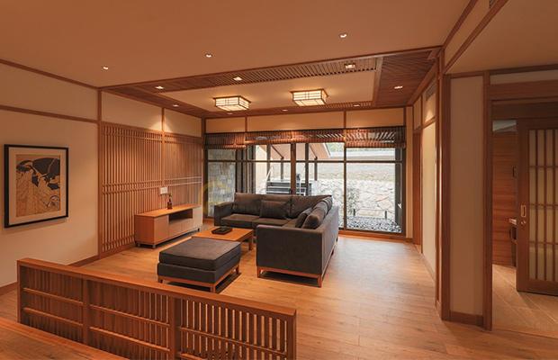 Ván gỗ Floorpan Renoir Oak được ép với nhiệt độ cao cho khả năng ổn định cấu trúc tốt