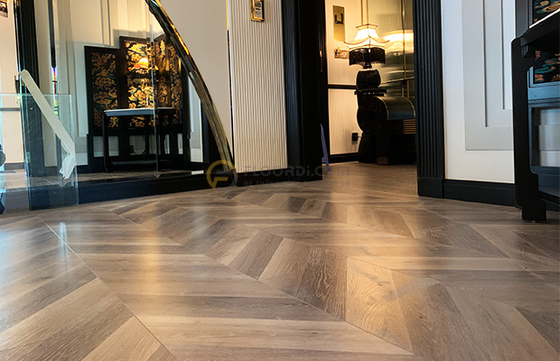 Bề mặt sàn gỗ Châu Âu sẽ có độ sắc nét và chân thực hơn