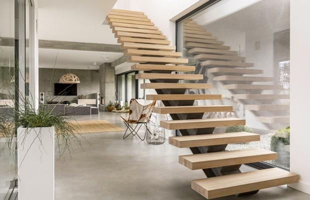 Cầu thang treo bậc gỗ