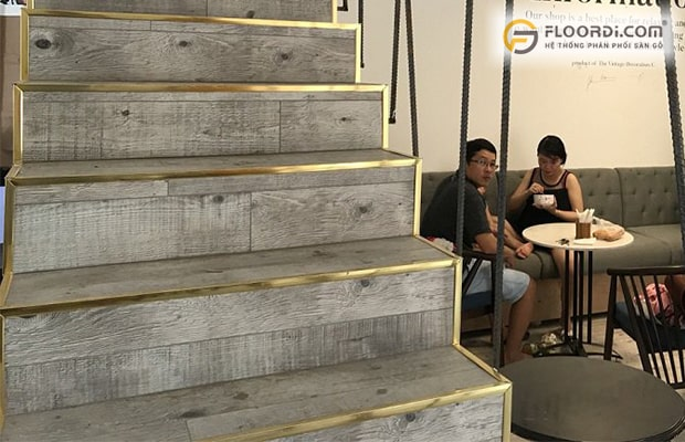 ưu điểm khi ốp cầu thang bằng gỗ