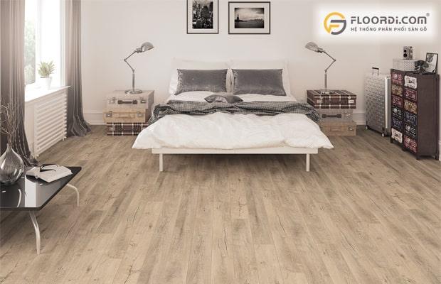 Sàn gỗ bị xước làm mất thẩm mỹ