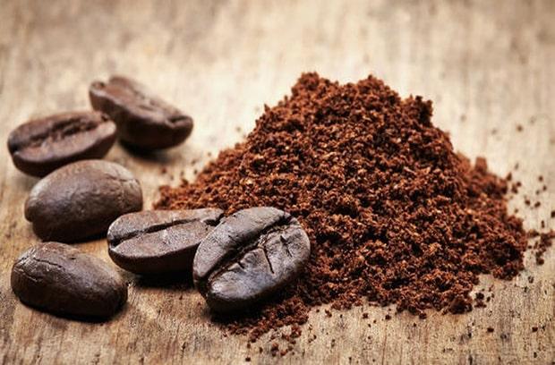 Bã cà phê cũng giúp hạn chế phần nào vết xước của sàn