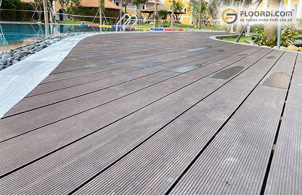 Sàn gỗ nhựa hồ bơi 100% kháng nước và chống trơn trượt