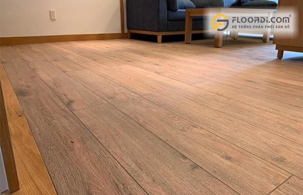 Lót sàn gỗ cho phòng khách đảm bảo chất lượng