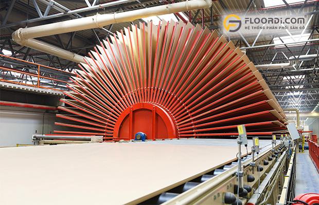 Sản xuất sàn gỗ theo công nghệ Châu Âu
