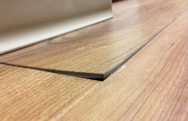 Nguyên nhân sàn bị cong vênh