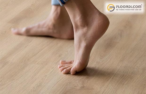 Lắp sàn gỗ không đúng cách dễ gây ra tình trạng sàn bị kêu