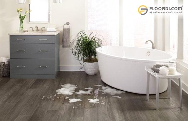 Sàn nhựa vân gỗ nhà tắm