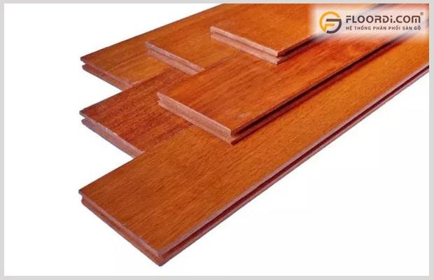 Ván gỗ Căm Xe có màu đỏ đặc trưng, phù hợp với thị hiếu của khá nhiều người Việt