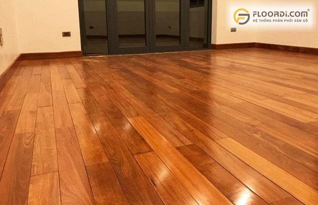 Chọn sàn gỗ Căm Xe engineer giúp tiết kiệm chi phí