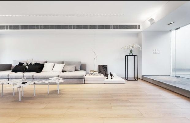Chọn một vật dụng chủ đạo để làm điểm nhấn cho không gian chính như bộ ghế sofa