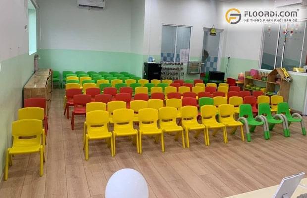 Cần chọn loại sàn có nồng độ phát thải Formaldehyde đạt chuẩn E1 cho nhà có trẻ nhỏ