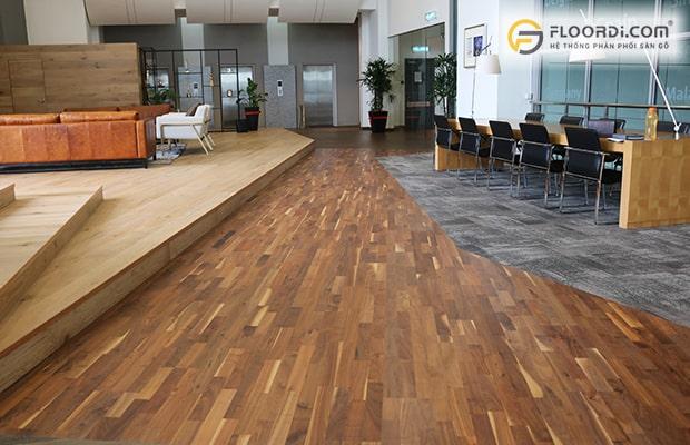 Solid và Engineered có điểm chung là giữ trọn vẻ đẹp tự nhiên của gỗ, giúp nâng tầm giá trị